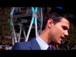 "Taylor Lautner at the ""The Twilight Saga: Breaking Dawn – Part 1"" premiere"